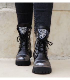 Diamond Boots