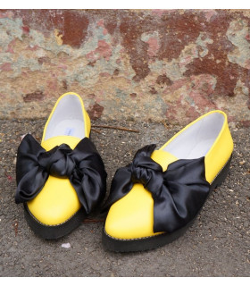 Yellow Ballerinas