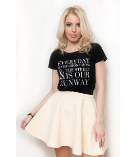 &quot Everyday is a fashion show &quot T-shirt Black