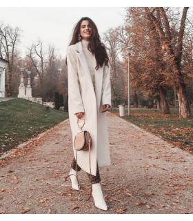 Simple White Coat