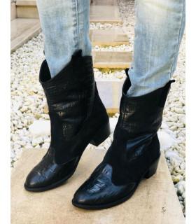 Joshua Boots