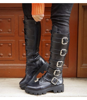 Black Bold Boots