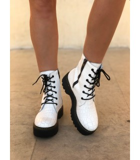Snow White Boots