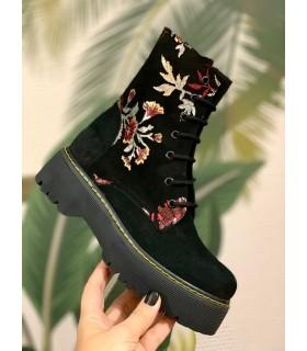 Azumi Boots