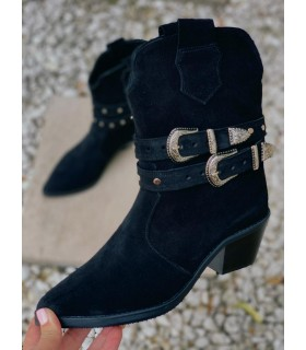 Black Sesame Boots
