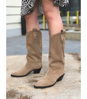 Brownie Boots