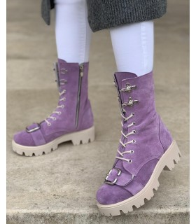 Berry Boots